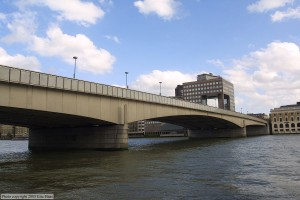 This is what London Bridge looks like today